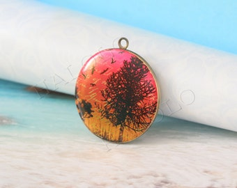 tree with birds fly round antique brass locket 32mm (LD121)