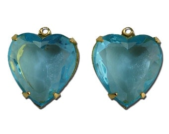 Aqua Glass Heart Pendants in 1 Loop Gold Plated Setting 15mm hrt003J