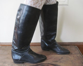 sz 6, vintage 1980s Black Pirate Boots - leather, eighties, glam, rocker, flats, 80s