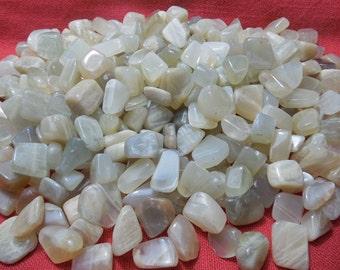 4 Moonstone Healing Crystals Healing Chakra Meditation Reiki Energy New Beginning Healing Stone lot c
