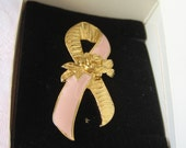 VINTAGE Pink Enamel & Gold Metal Ribbon Avon Costume Jewelry Brooch