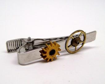 Steampunk tie tack. Steampunk jewelry tie clip. Steampunk tie bar.