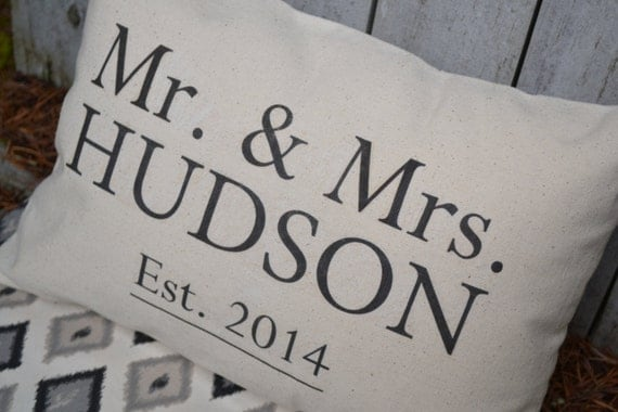 Personalized Mr. & Mrs. pillow, Wedding pillow, Valentine gift idea, Last name pillow, newlywed pillow, Anniversary Pillow