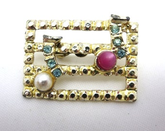Vintage Musical Note Brooch - Costume Jewelry