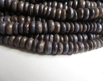 Grey brown coconut beads no2 , small painted rondelles beads  indonesian spacer discs  beads 1 to 3  x  6 mm / 12 inches strand  -  4BCO1-6