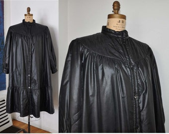 1970s jacket / Vintage 70's Laura Biagiotti Black Quilted Tent Jacket
