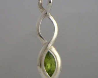 Celtic Knot Green Peridot Pendant Handmade Sterling Silver Unisex Ladies Gents