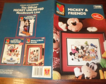 Counted Cross Stitch Mickey and Friends Leisure Arts 3095 Disney Counted Cross Stitch Leaflet