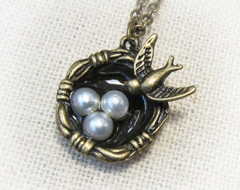 Bird Nest with Pearl Eggs Necklace  (Bronze)