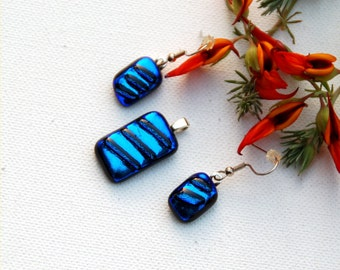 Pendant and earring set, fused dichroic glass, blue with stripes