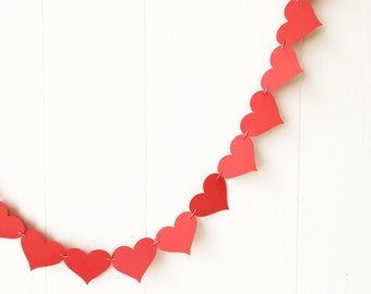 Red Heart Garland / Wedding Decoration / Love Bunting / Anniversary Garland / Photo Prop / Adjustable Hand Sewn
