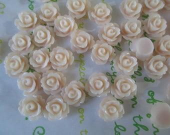 Tiny rose cabochons 10pcs PD 003 10mm Peach puff