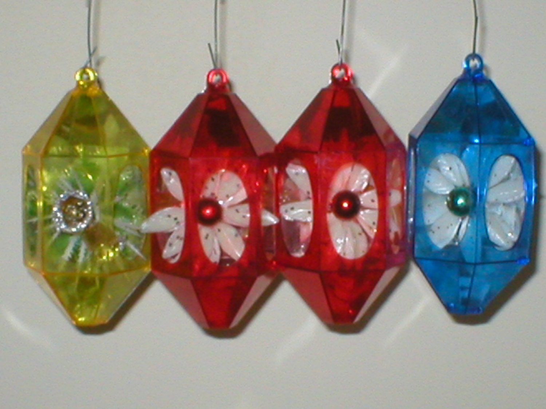 Christmas ornaments jewel brite plastic diorama d vintage