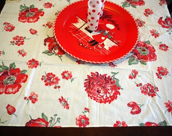 VinTAgE TaBLeCLoth - Mint with Tag Springmaid 1940's Red floral