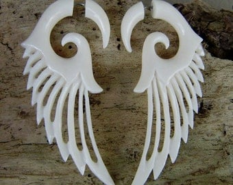Fake Gauge earrings,split bone ,tribal style,hand made,organic,naturally,fake piercings,wing