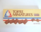 Vintage Camp Fire Girl's Toffee Miniatures Box
