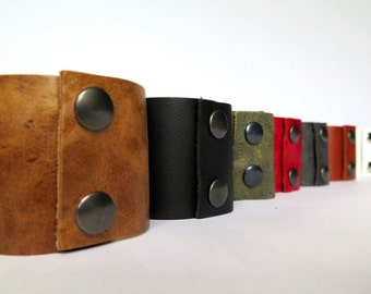 Extra leather bracelet cuff - choose your color