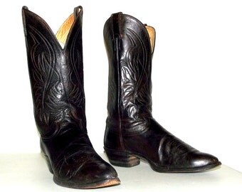 Altered Justin brand  Cowboy boots size 9 d or cowgirl size 10.5 - western fashion