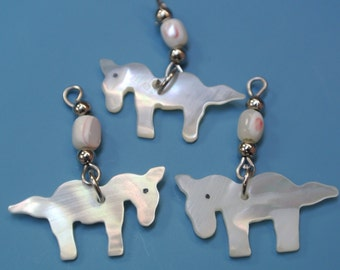 Lot of 3 vintage 1970s small carwed natural organic mother of pearl horse charms/ pendants for your jewelry prodjects