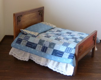 1:12 scale Dollhouse miniature  bedcover patchwork in blues