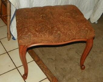 Mahogany Vanity Bench- beige/brick chenille
