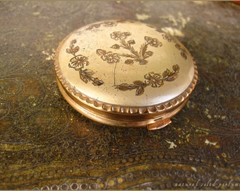 "natural solid perfume in vintage compact mirror case with 2 perfumes tins ""Jasmine"" and ""Wild Forest"""
