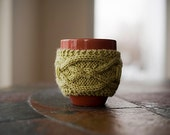 Hermine Cable Cup Cozy Knitting Pattern / Digital PDF Knitting Pattern