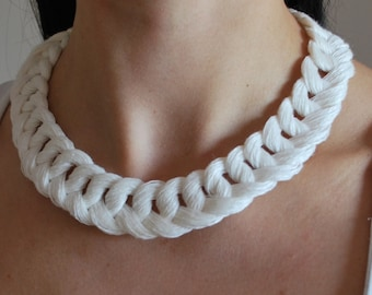 Linen Crocheted Necklace. LETICIA. Off White