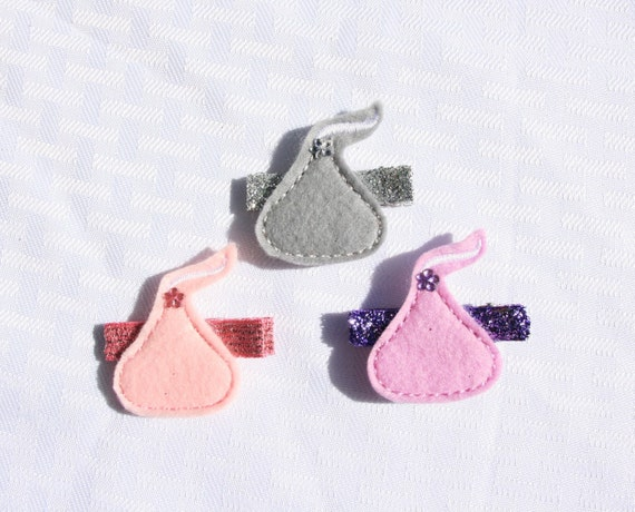 Hugs N Kisses Clippie, Your Choice of Color Candy Hair Clip