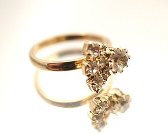 Vintage  Rhinestone Ring Small Costume Rhinestone Ring