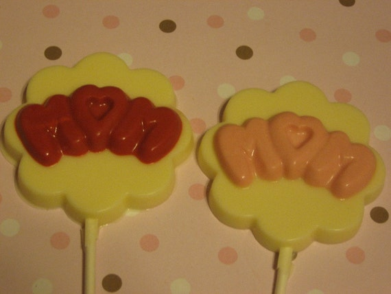 One dozen Mom cloud letters round lollipop suckers party favors Mother's Day birthday favors