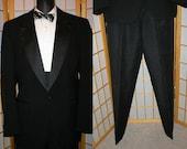 80s 2 piece black tuxedo suit w/ accessories mens size xlarge / 43 long