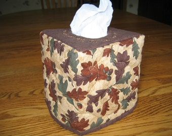 Oakleaves Quilted Tissue Cover