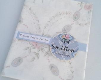 Elegant Grey & Pink Floral Bouquet English Vintage Fabric Fat Quarter