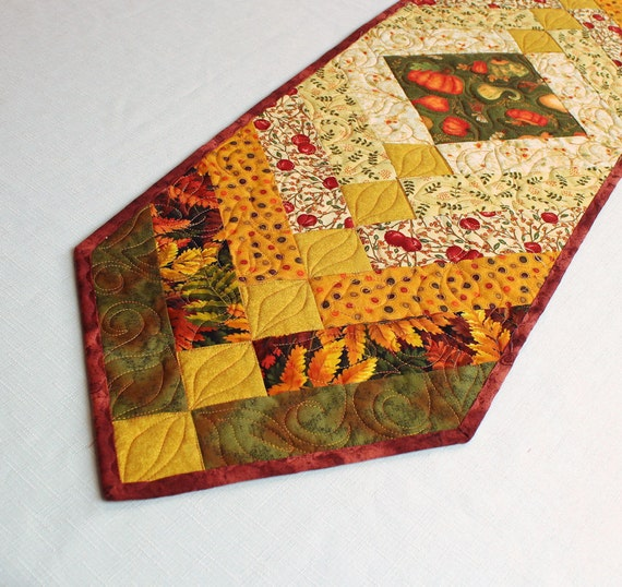 Braid Quilt Pattern Table Runner : Autumn Braid Table Runner Quilt for Fall Decorating Tan