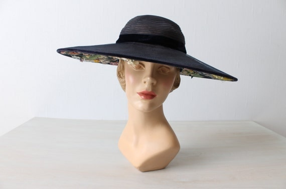 1940s Hat / Cartwheel Hat / Wide Brim Hat / Navy Blue /  Fifth Avenue Flowers