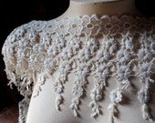 Ivory Lace Trim in Venise Lace for Bridal, Jewelry or Costume Design L 198