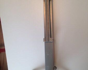 Vintage hem measuring tool