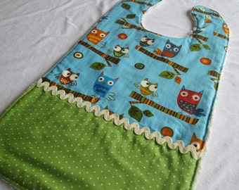 Special Needs Chenille Bib XL with 3 absorbent layers featuring Owl fabric