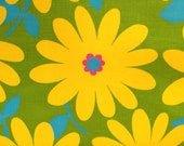 Mod 1960s  Flower Power Daisy Floral Barkcloth/ /Cotton Yardage//Upholstery Weight// New Old Stock