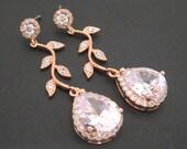 Rose Gold Bridal earrings, Wedding earrings, Bridal jewelry, Dangle earrings, Crystal earrings, Bridal earrings, Bridesmaid earrings