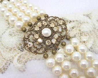 Bridal bracelet, Champagne crystal, Pearl Wedding bracelet, Wedding jewelry, Vintage style bracelet, Swarovski crystal bracelet, Statement