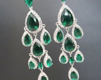 Emerald Green Wedding earrings, Bridal Chandelier earrings, Bridal earrings, Wedding jewelry, Green Rhinestone chandelier earrings