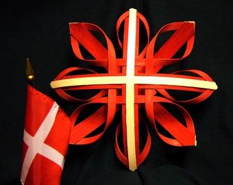 Star of Denmark - Hand Woven Nordic Star