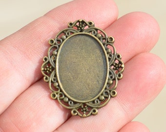 5 Antique Bronze Oval Frame  Pendant BC2142