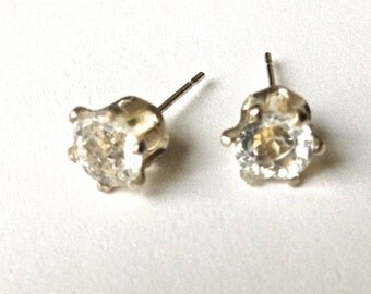 Classic Round Stud Earrings White Topaz 6 mm Faceted Stones Set in Sterling Silver