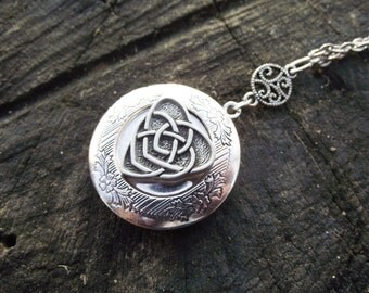 Mothers Knot - Sterling Silver Plated Locket, American Pewter Celtic Knot Locket Necklace