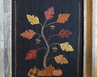 Holly & Ivy, Autumn Splendor, Wool applique wall hanging Pattern