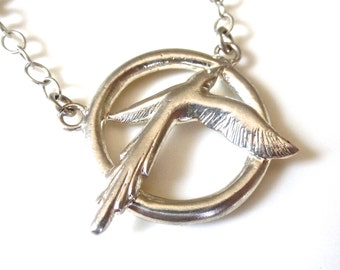 Sterling Silver Bird and Circle Pendant Necklace