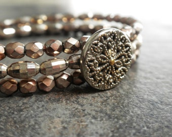 Memory Wire Bracelet Vintage Button Metallic